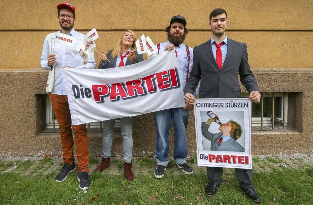 """Die Aktivisten der """"Partei"""" im Kreis: OB-Kandidat Konrad Kling, Jasmin Akkas, Merlin Gerath und der Kreisvorsitzende Marcel Rühle (von links). Foto: factum/Granville"""