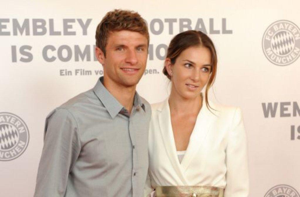 Thomas Müller (FC Bayern München) heiratete mit nur 19 Jahren seine Jugendfreundin Lisa. Foto: dpa