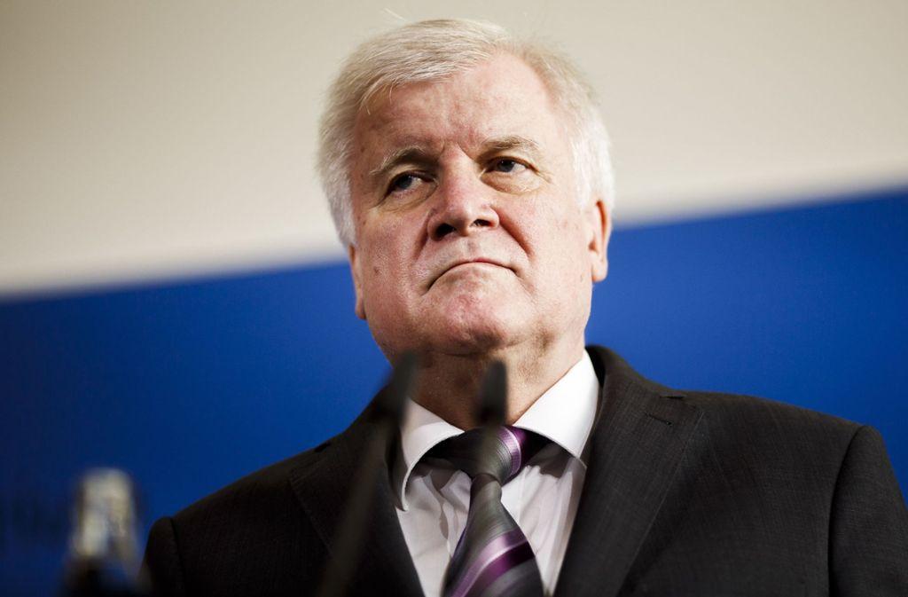 Innenminister Horst Seehofer (CSU) soll nach ihrem Willen im Innenausschuss des Bundestages nicht hinter verschlossenen Türen aussagen. Foto: dpa