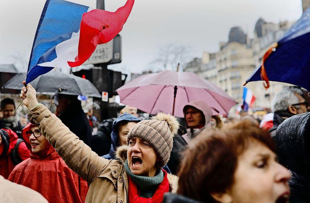 Gewalt In Frankreich