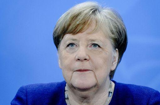 """Bundeskanzlerin Merkel sieht """"allererste Phase"""" von Pandemie überwunden"""