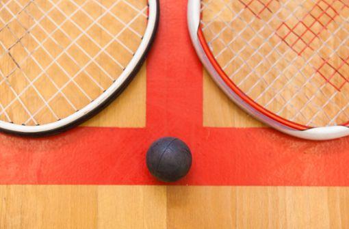 Squash-Meisterinnen mit Vibrator geehrt