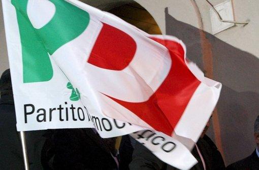 """Derjenige, den das Parteivolk der """"Partito Democratico"""" (PD) am Sonntag kürt, wird allen Umfragen nach im  Frühjahr auch Italien regieren. Foto: dpa"""