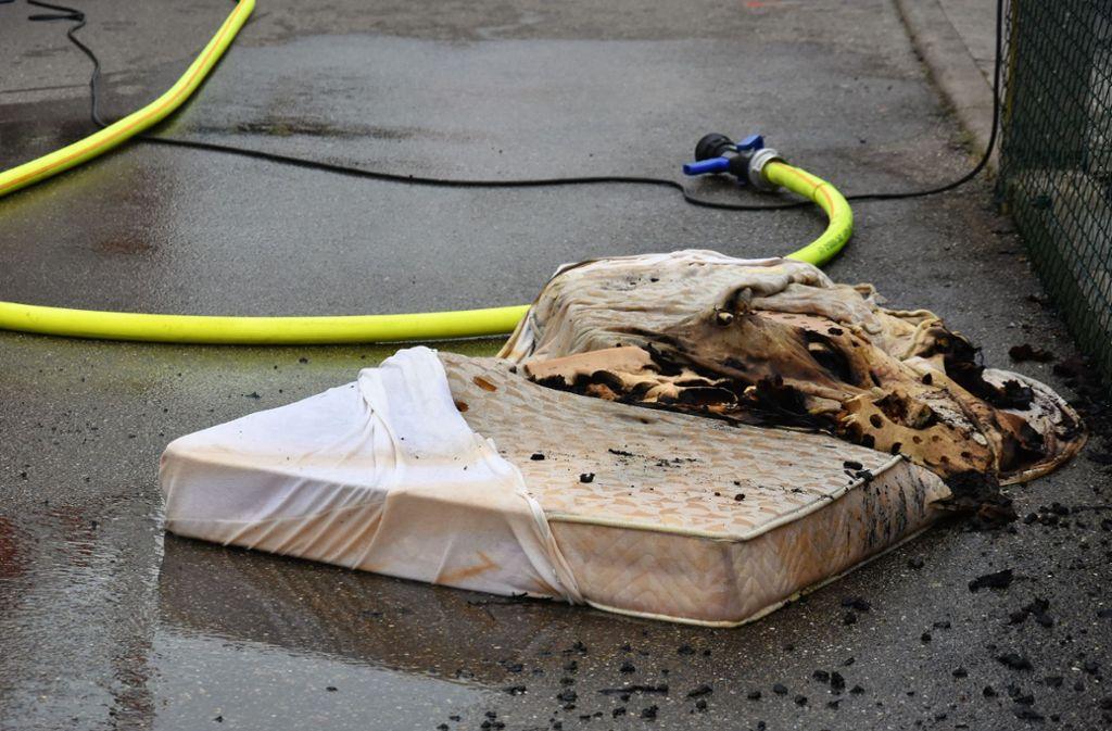 Die Einsatzkräfte brachten den Brand unter Kontrolle. Foto: SDMG
