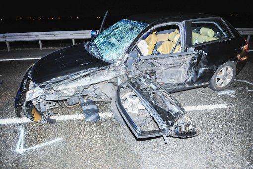Bei einem Überholmanöver auf einer Bundesstraße bei Sindelfingen verursachte eine 21-jährige BMW-Fahrerin am Freitagabend einen Frontalzusammenstoß. Foto: www.7aktuell.de | Ingo Reimer
