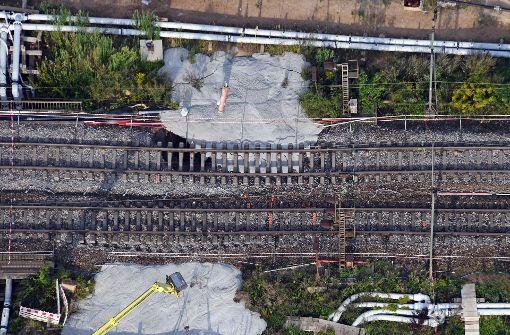 Bahn füllt Tunnel mit Beton