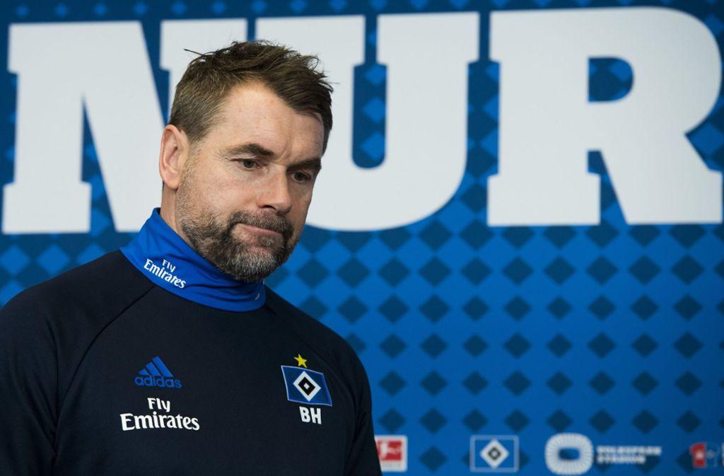 HSV-Trainer Bernd Hollerbach. Foto: dpa