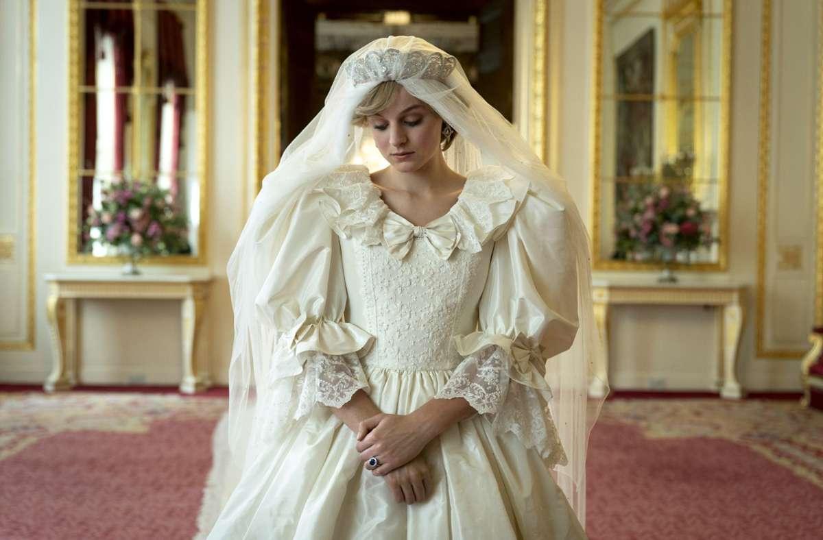 Der Zauber wirkt noch immer: die britische Schauspielerin Emma Corrin als Lady Diana Spencer Foto: Netflix/Des Willie