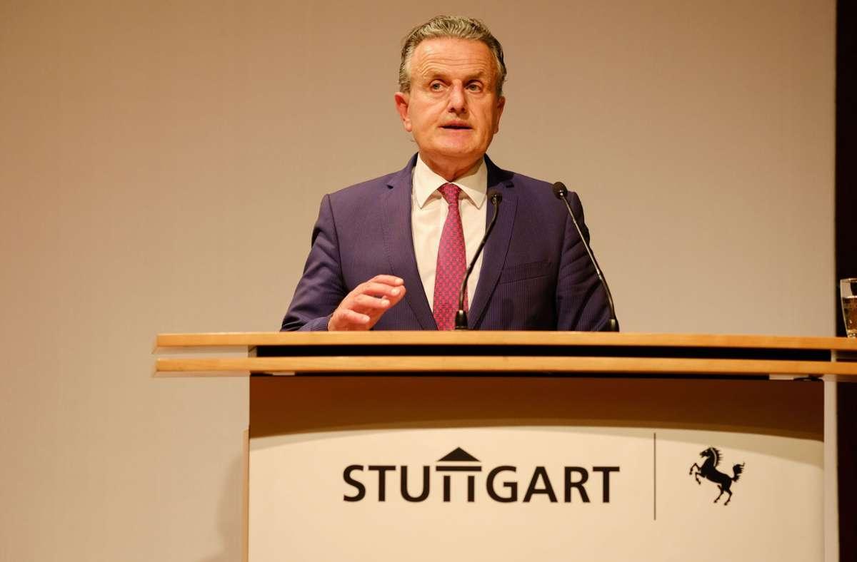 OB Frank Nopper (CDU) hat dem Gemeinderat den Entwurf zum Doppelhaushalt für die Jahre 2022/2023 präsentiert. Foto: LICHTGUT/Leif Piechowski/Leif Piechowski