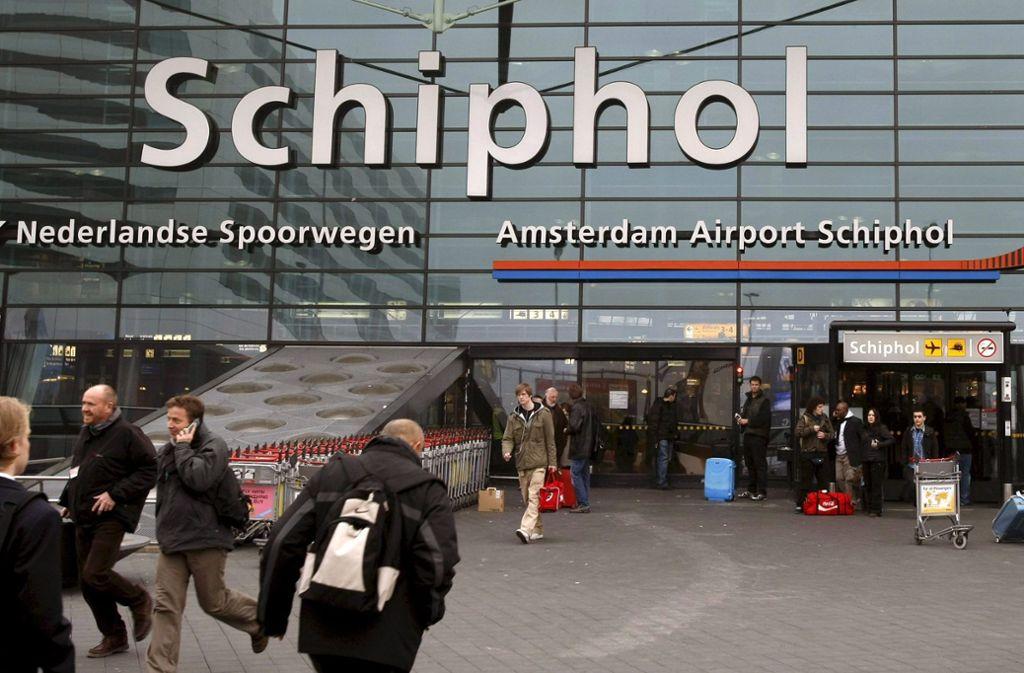 Am Flughafen Schiphol stehen die Flugzeuge still. Foto: dpa/Archivbild