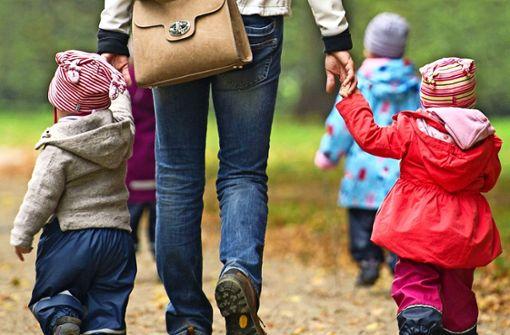 Tagesmütter bekommen mehr Geld