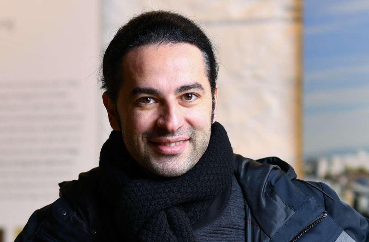 Bülent Ceylan macht sich Sorgen um die Kulturszene. (Archivbild) Foto: dpa/Uwe Anspach