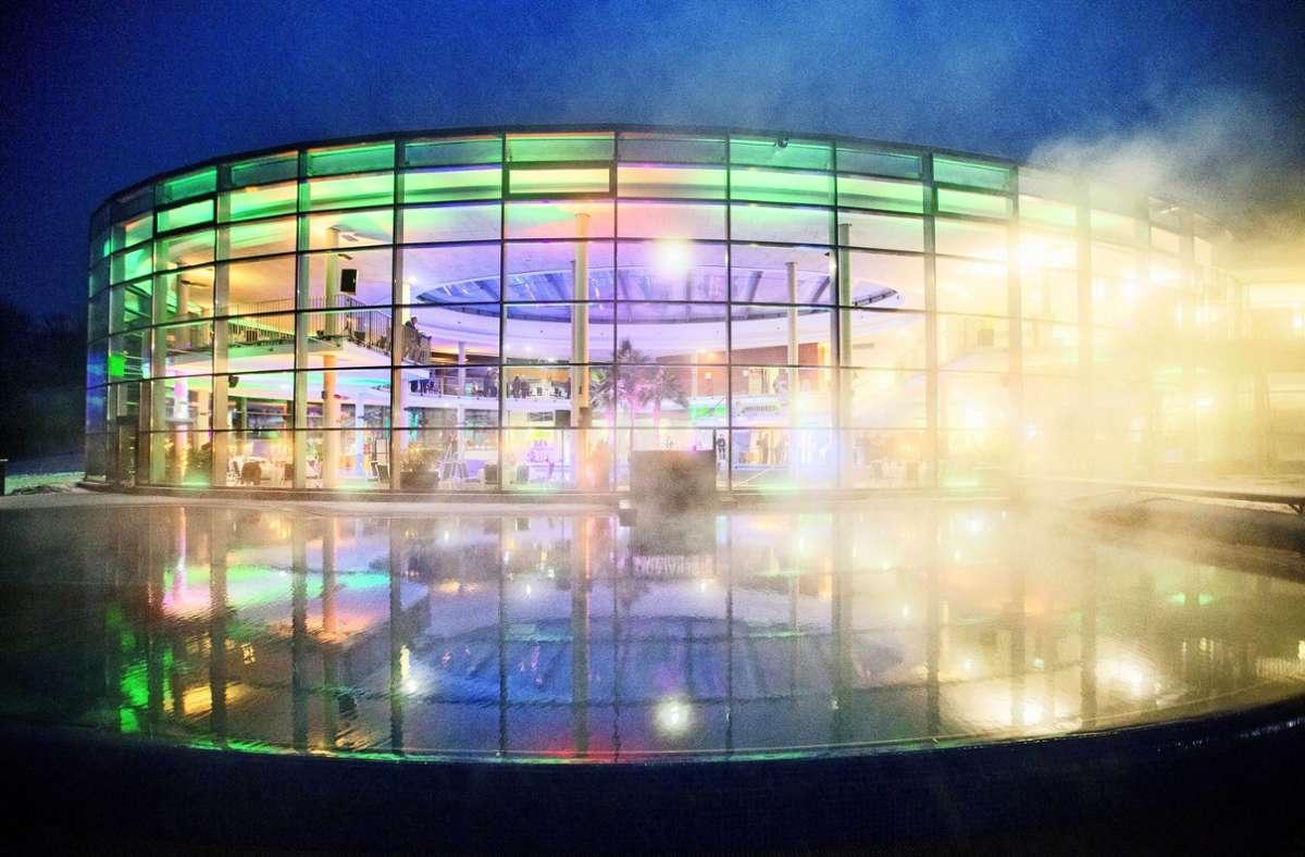 In Backnang startet das Hallenbad  am Montag in die Wintersaison, das Freibad bleibt bis zum 27.September geöffnet. Foto: Stoppel/Archiv