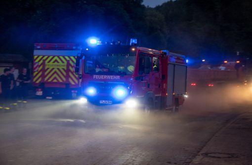 Heuballen geraten in Brand
