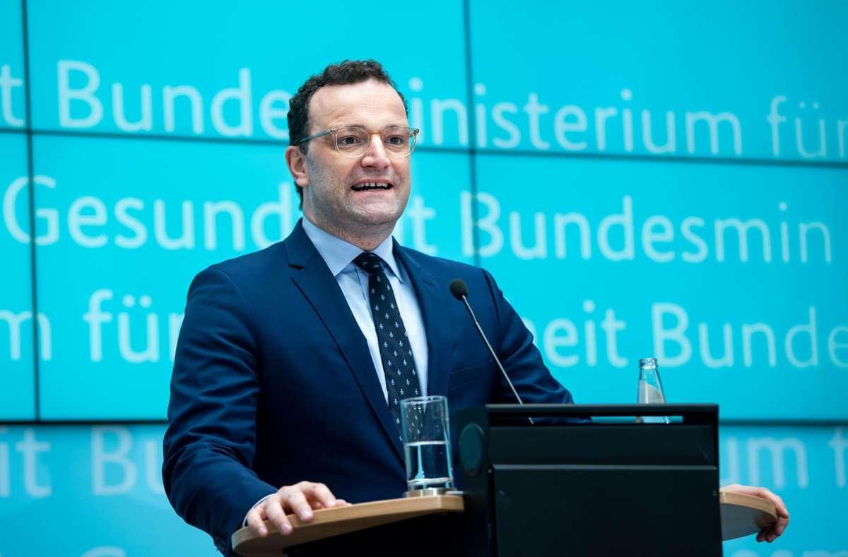 Bundesgesundheitsminister Jens Spahn verkündete eine Testpflicht für Einreisende aus Corona-Risikogebieten. Foto: dpa/Bernd von Jutrczenka