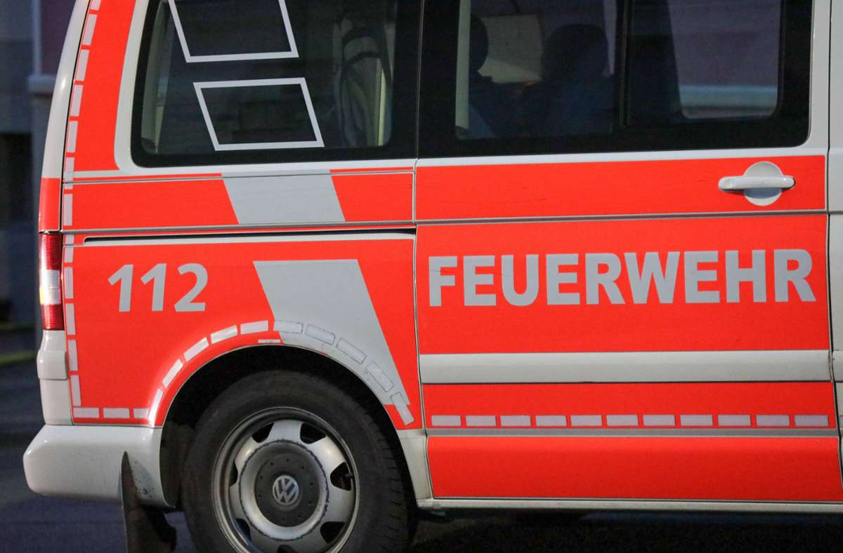 Feuerwehreinsatz in Schorndorf (Symbolbild) Foto: imago images/Tim Oelbermann