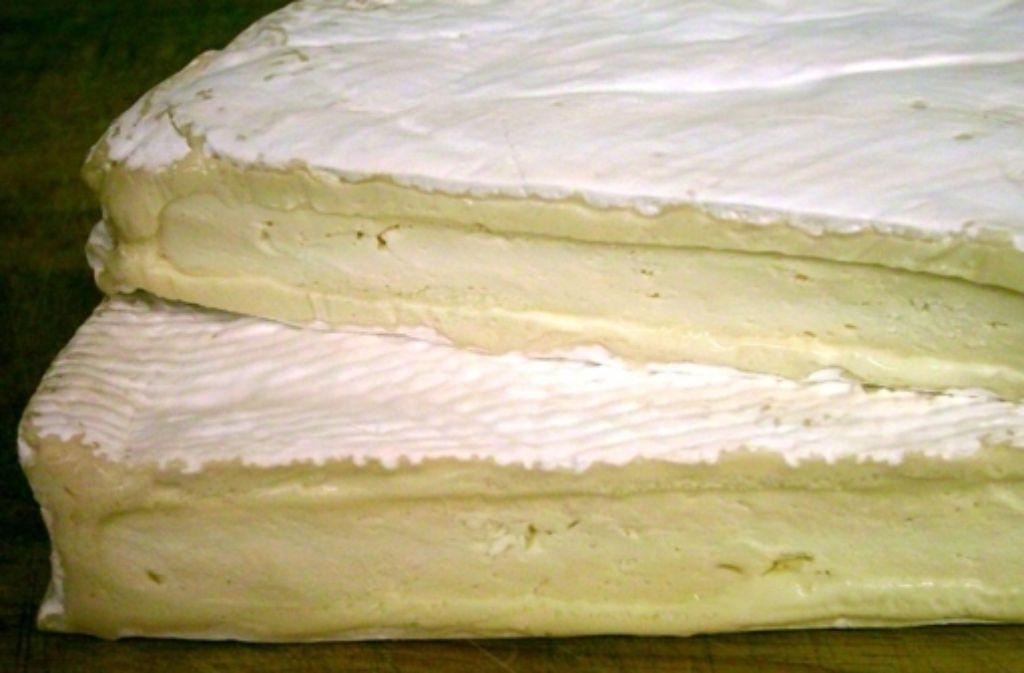 Ein Unternehmen aus Waiblingen warnt vor dem Verzehr von kürzlich gekauftem Brie de Meaux. Der Rohmilchkäse könnte belastet sein. Foto: Wikipedia