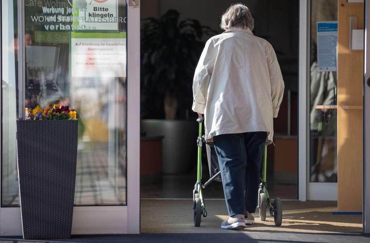 Wie hoch wird meine Rente noch sein? Das Rentensystem braucht eine Reform (Symbolbild). Foto: dpa/Daniel Karmann