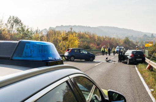 Zwei Schwerverletzte nach Frontalzusammenstoß