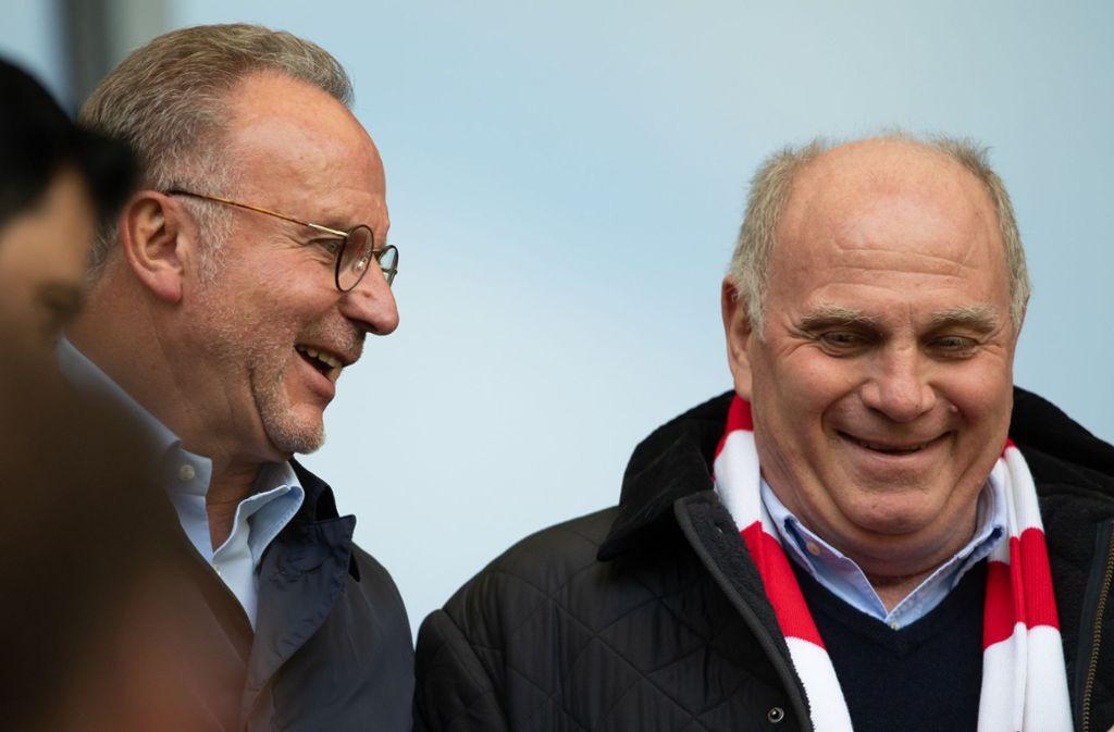 Haben gut Lachen: Nach der Medienschelte von Karl-Heinz Rummenigge und Uli Hoeneß gewinnt der FC Bayern München. Foto: dpa