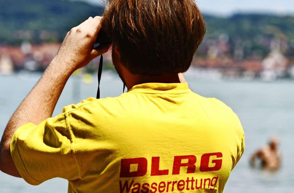 Bei Badeunfällen im Südwesten sind drei Menschen ums Leben gekommen (Symbolbild). Foto: picture alliance / dpa/Patrick Seeger
