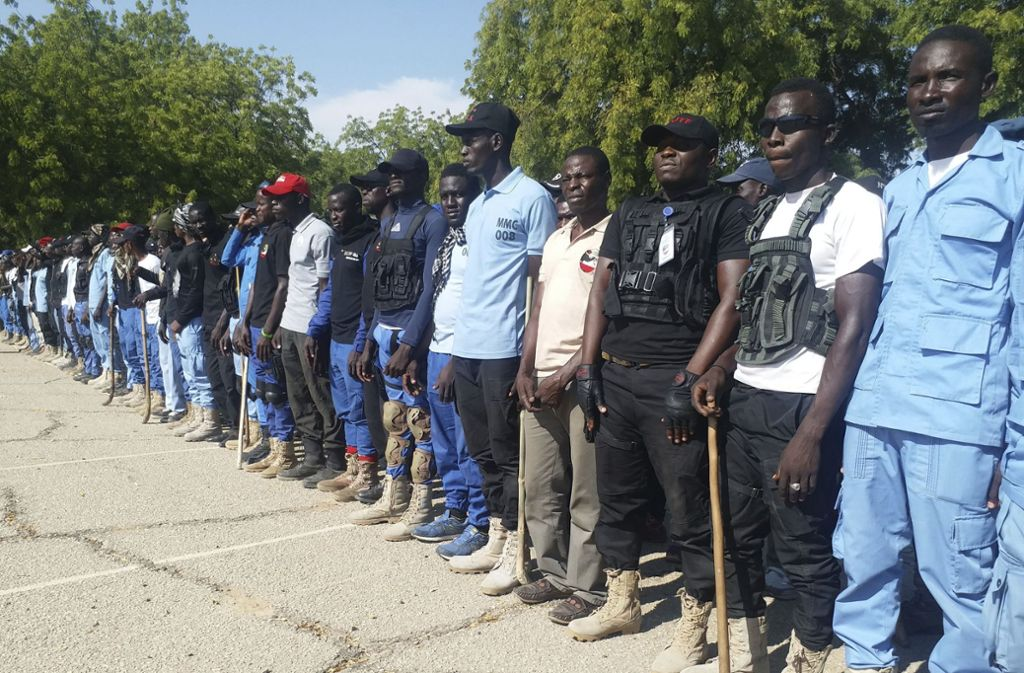 Eine Bürgerwehr in Nigeria soll im Kampf gegen die erstarkenden Boko-Haram-Kämpfer helfen, nachdem diese immer öfter das Militär angreifen. Foto: AP
