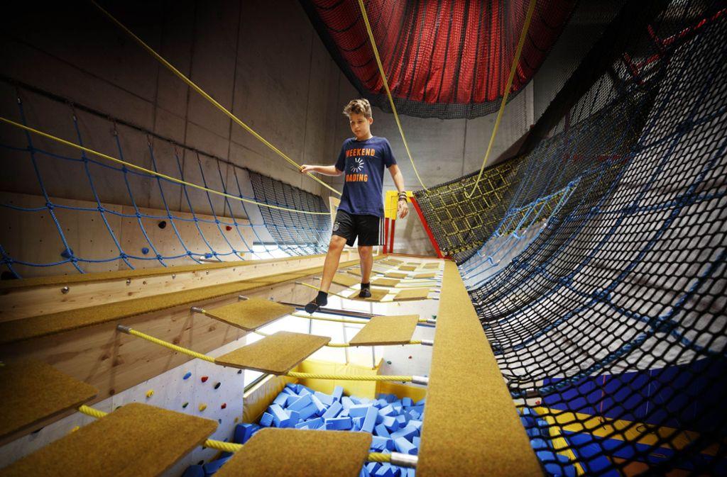 Florian balanciert in rund zehn Metern Höhe. Foto: Gottfried Stoppel