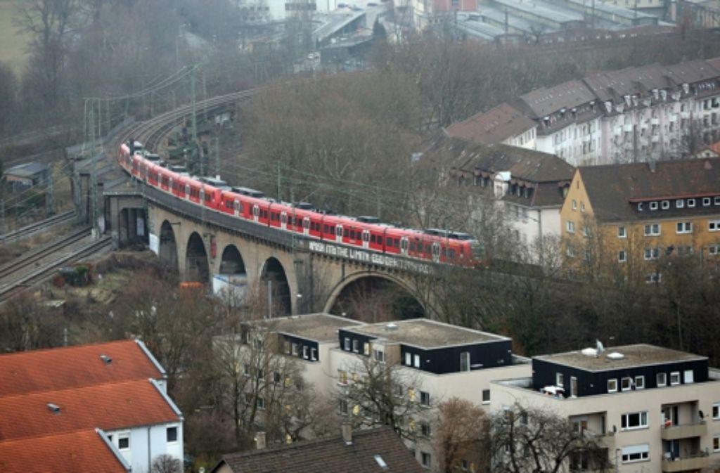 Auf der Gäubahn sollen laut Bahn keine ICE-Züge mit Neigetechnik Richtung Zürich fahren. Foto: Achim Zweygarth
