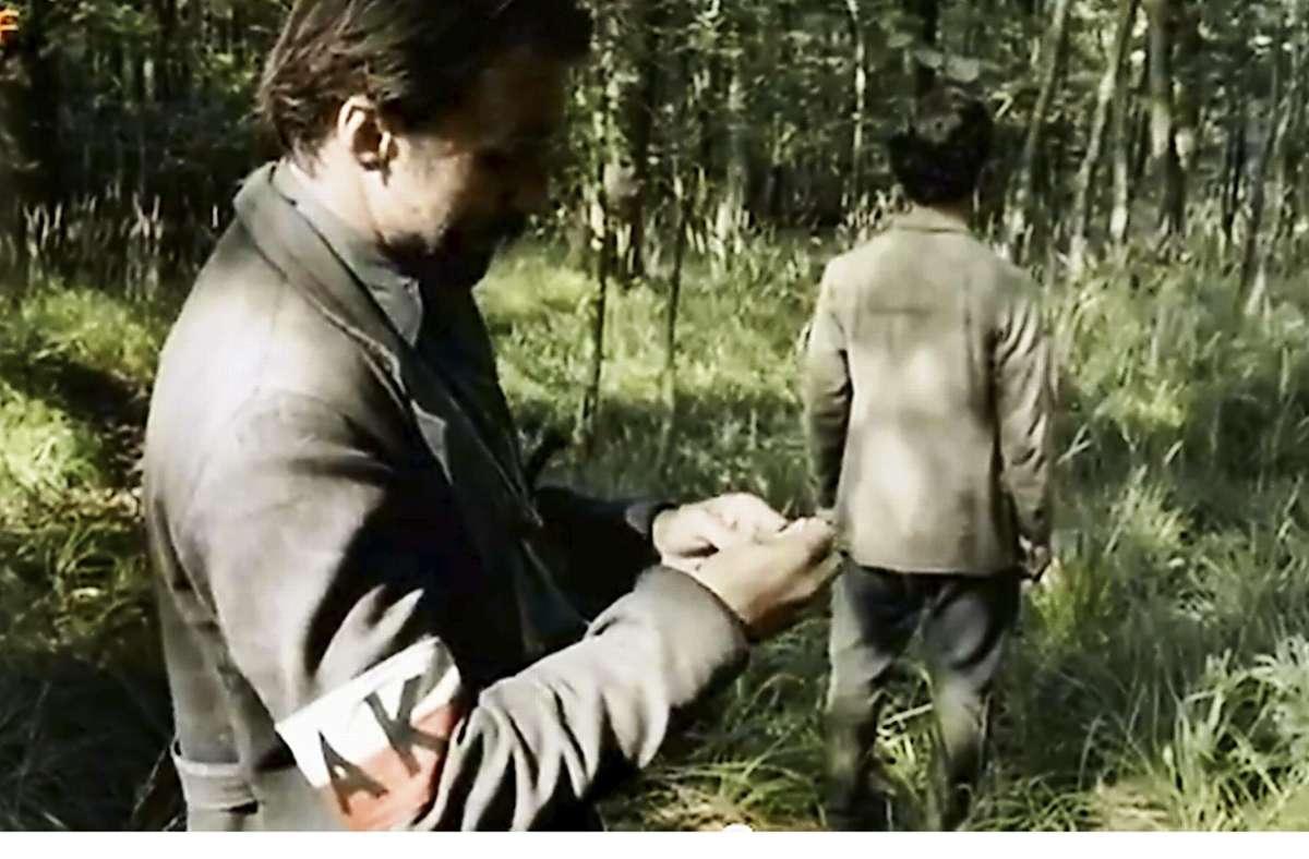 Um die Darstellung der Kämpfer der polnischen Heimatarmee – kenntlich am AK-Armband – dreht sich der Streit. Foto: ZDF