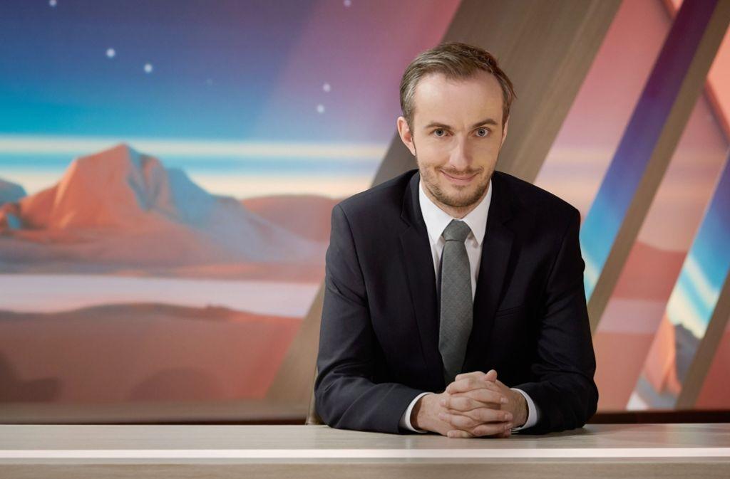 """So kennt man ihn vom Fernsehschirm: Jan Böhmermann im ZDF-""""Neo Magazin Royale"""" Foto: ZDF"""