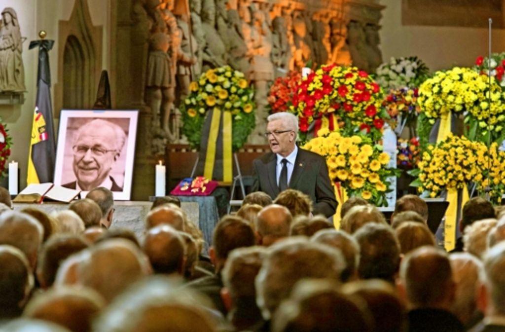 "Ministerpräsident Winfried Kretschmann würdigt Lothar Späth: ""So viel Aufbruch war nie in Baden-Württemberg."" Foto: dpa (2),  Lichtgut/Leif Piechowski (2)"