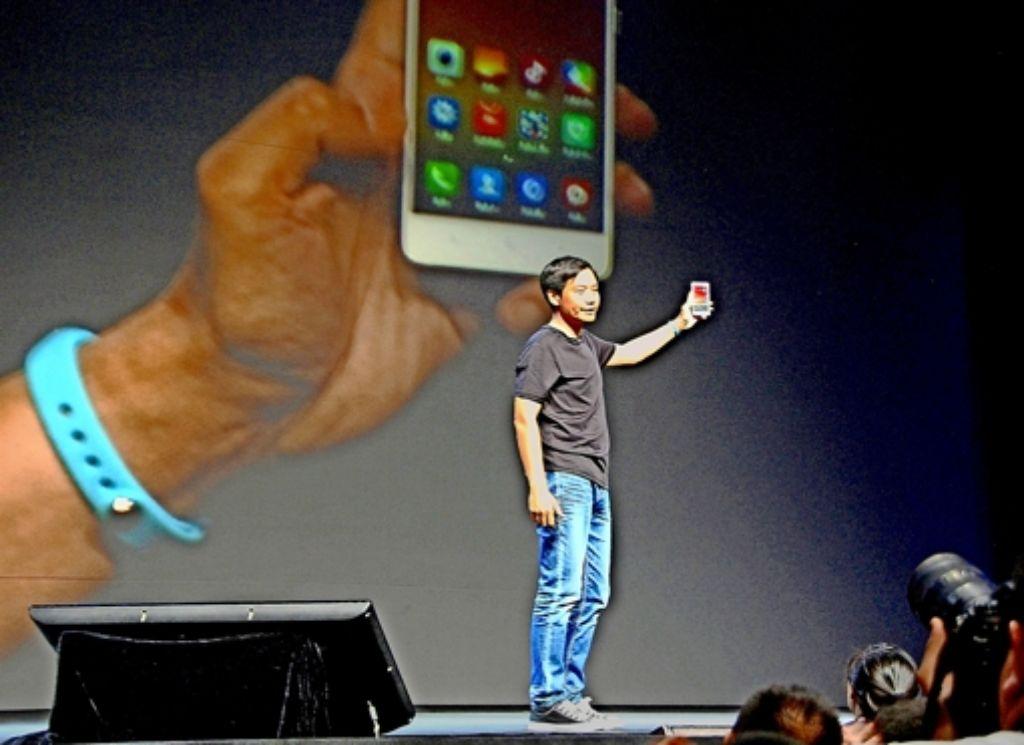 Der Steve Jobs von China? Xiaomi-Gründer Lei Jun hat auf der Bühne keine Angst vor solchen Vergleichen. Foto: dpa