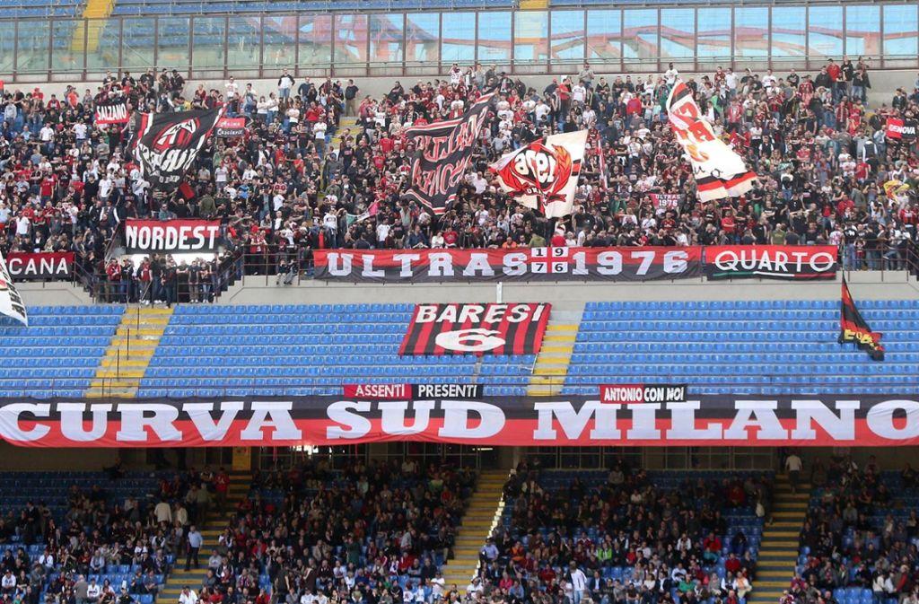 Der AC Mailand darf in der kommenden Saison nicht am Europapokal teilnehmen. (Archivbild) Foto: dpa