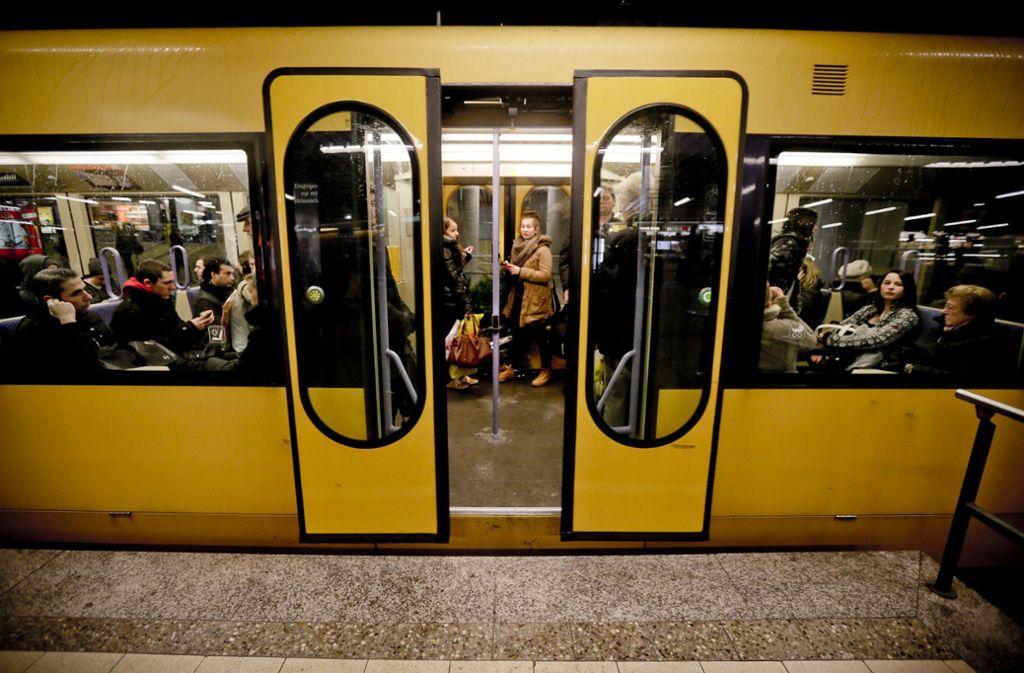 Ein Zwischenfall in einer Stadtbahn hatte am Dienstag erhebliche Folgen (Symbolfoto). Foto: /Lichtgut/Leif Piechowski