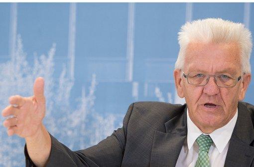Zufriedener Kretschmann, kritische Firmen