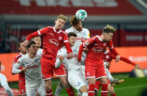 Holstein Kiel gewinnt - Herber Rückschlag für Fortuna Düsseldorf