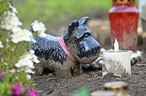 Hamburg erlaubt Mensch-Tier-Bestattungen