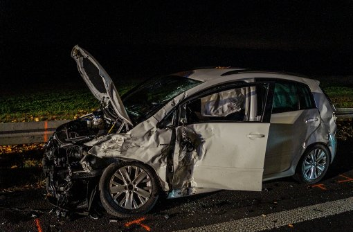 Vier Verletzte bei schwerem Unfall