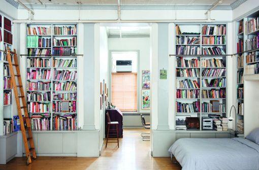Wer braucht noch Bücherschränke?