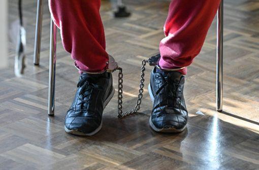 Mann tötet Ex-Chef mit Beil – Lebenslange Haft für Angeklagten