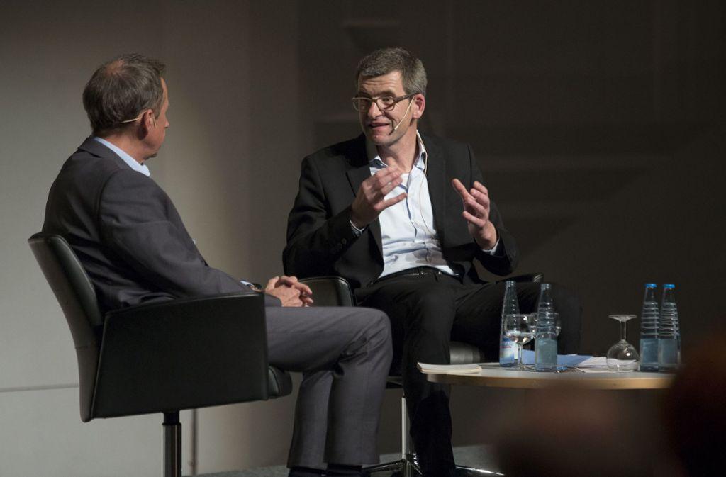 Im Stuttgarter Haus der Wirtschaft verfolgten rund 300 Leserinnen und Leser den Auftritt von Markus Grabitz (rechts im Bild Foto: Leif Piechowski