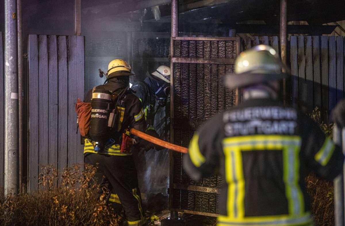 Brennende Müllcontainer hielten die Feuerwehr in Stammheim in Atem – hier im Januar 2020. Foto: 7aktuell.de//Simon Adomat