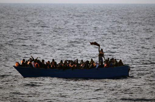 Boote gekentert – 150 Migranten womöglich gestorben