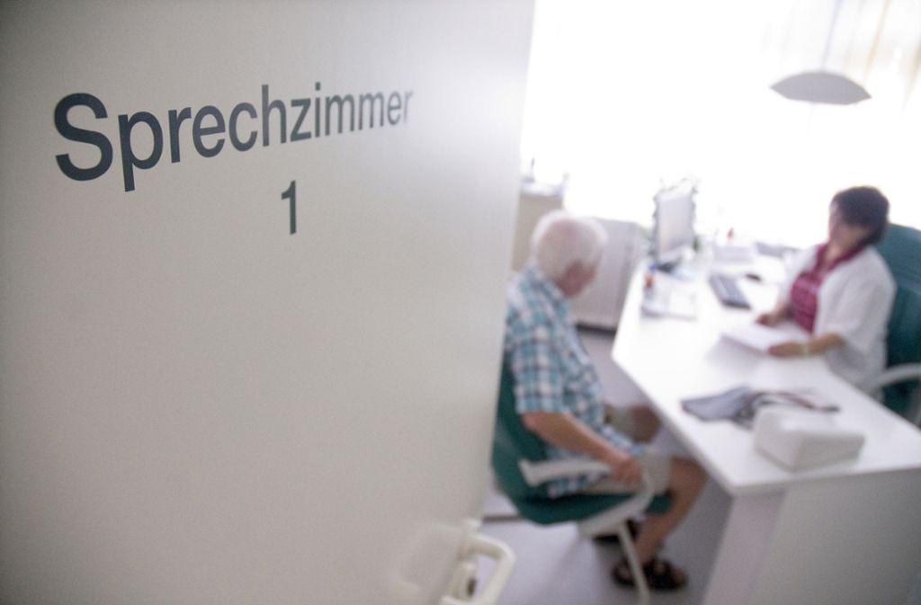 Hämophilie, Agranulozytose, Ulcus ventrisuli, Cholelithiasis: Verstehen Sie beim Arztbesuch auch oft nur Bahnhof? Foto: