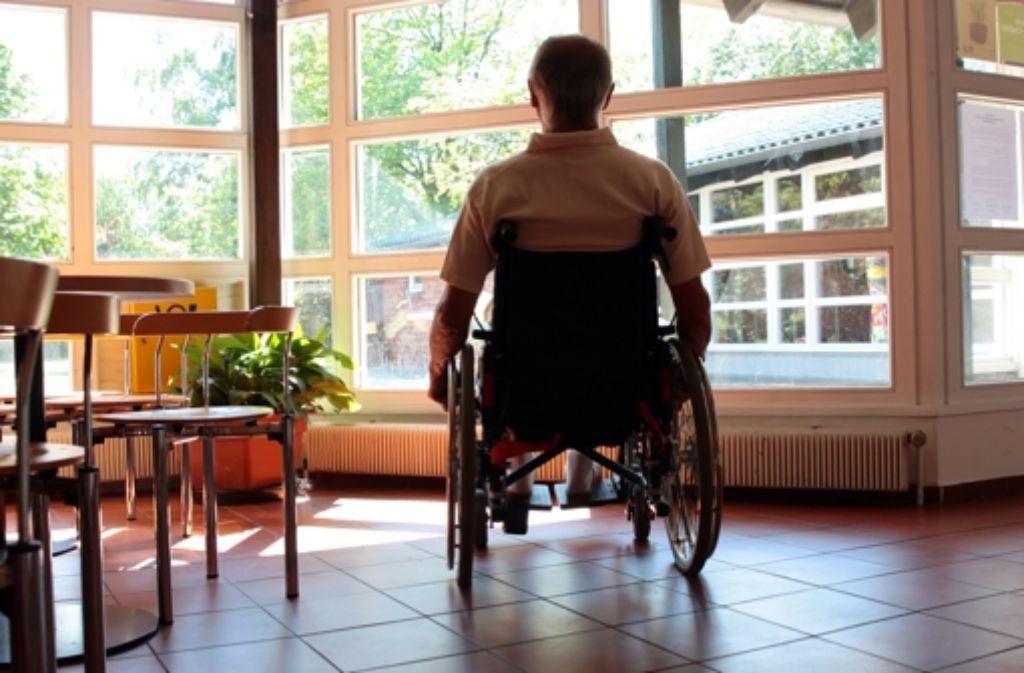 Nachsorge nach einer Akutbehandlung hilft – der Patient wird schneller und nachhaltiger gesund, kann wieder arbeiten  und Sozialversicherungsbeiträge einzahlen. Foto: dpa