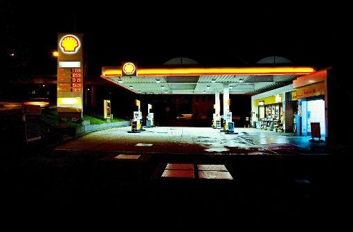 Tod an der Tankstelle