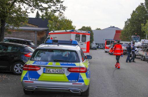 Arbeiter ringt mit dem Tod, drei weitere Verletzte