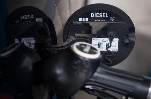 Deutsche kaufen weniger Diesel-Fahrzeuge