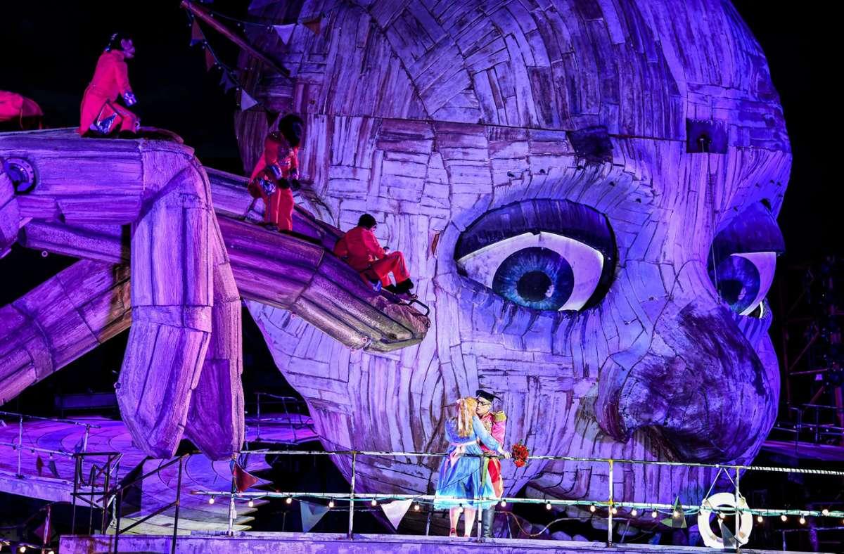 """Faszinierend: """"Rigoletto"""" ist nach der Corona-bedingten Festspiel-Absage 2020 in diesem Jahr nochmals zu erleben. Foto: picture alliance/dpa/Felix Kästle"""