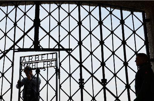 Von KZ-Gedenkstätte gestohlenes Tor entdeckt